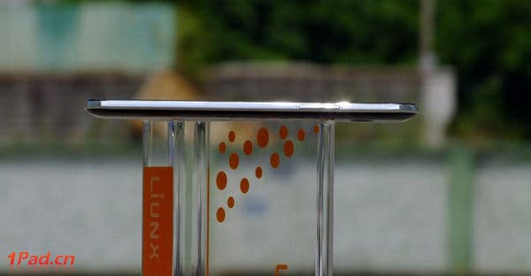 7 inch chinese tablet is ultra thin with built in 3g