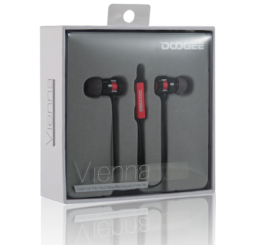 Doogee Vienna earphones packaging