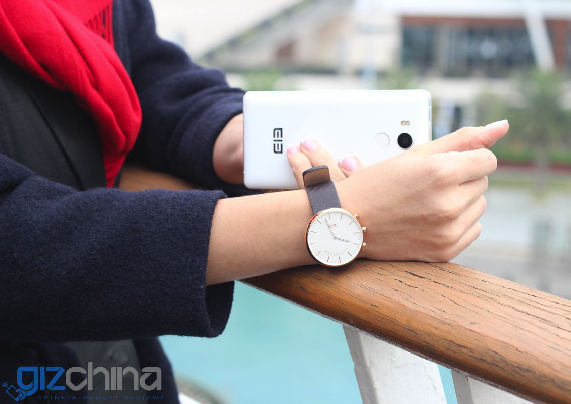 Elephone release photos of their 'traditional' smartwatch ...