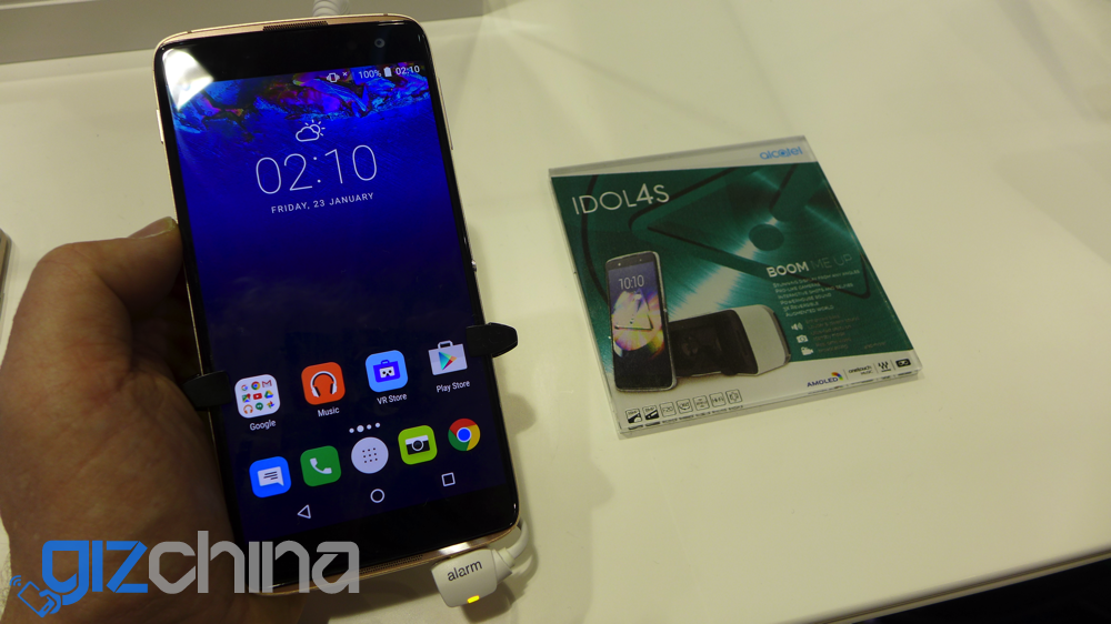 alcatel idol 4s hands on MWC