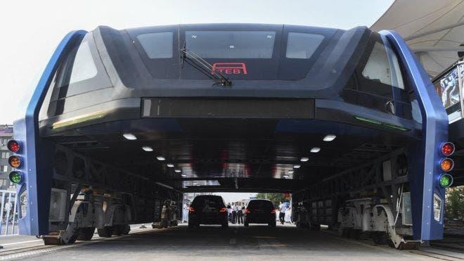 straddling bus china