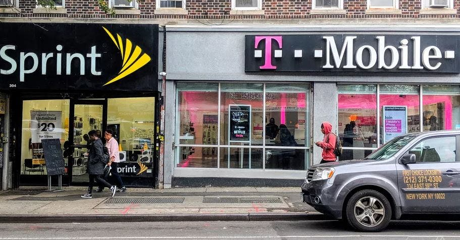 Mobile promises three new programs if Sprint merger happens