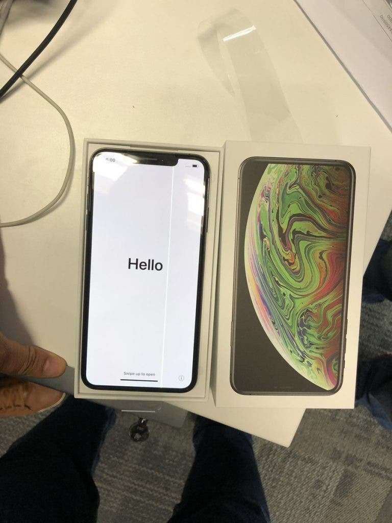 Defective iPhone XS Max
