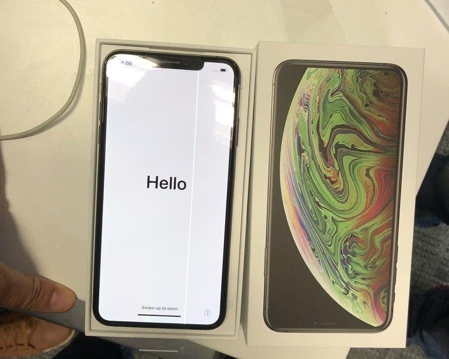 Defective iPhone XS Max