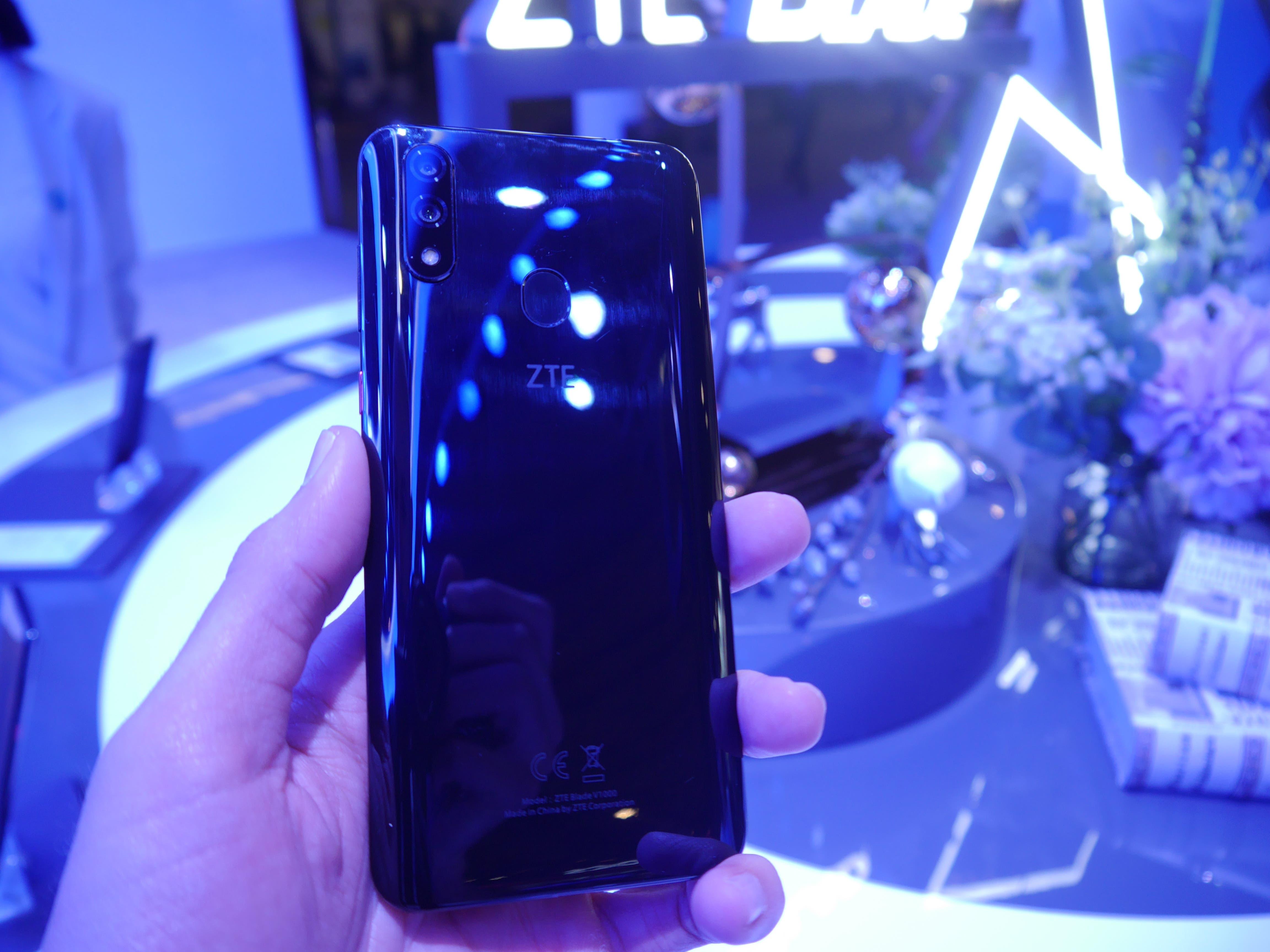 ZTE Blade V10 hands-on