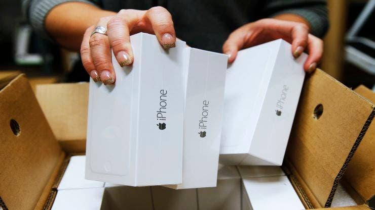 foldable iPhone