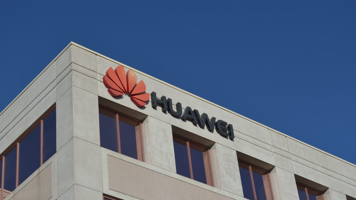 U.S. weighs new regulations to further restrict Huawei suppliers