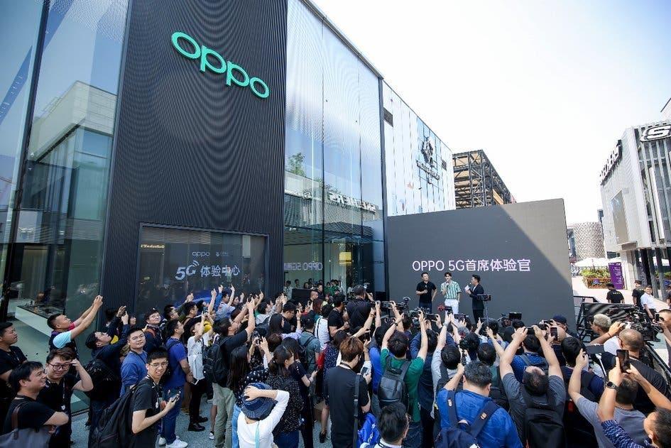 OPPO dual-mode 5G smartphone