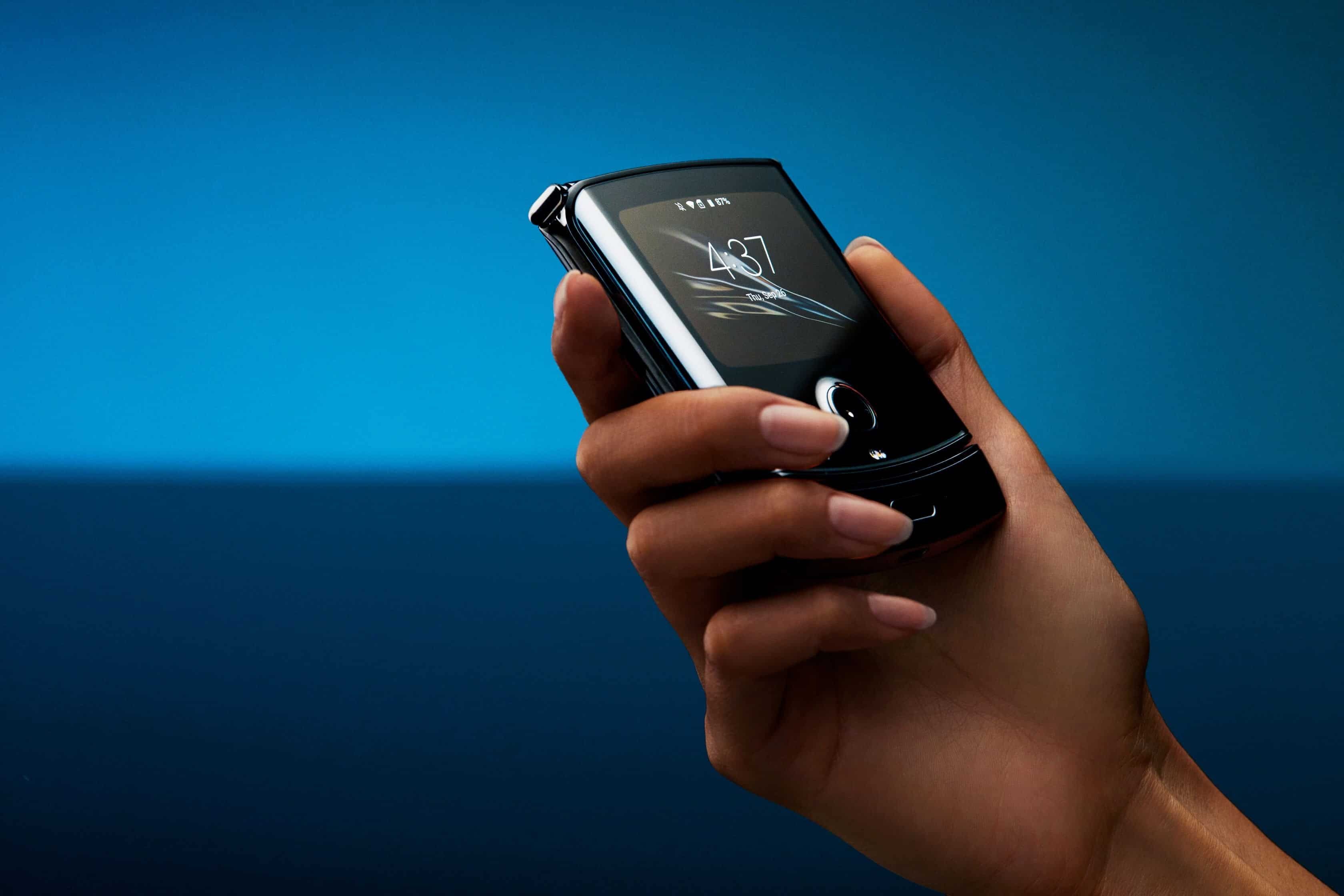Motorola RAZR 2 Pre-Orders Kick Off on January 26th