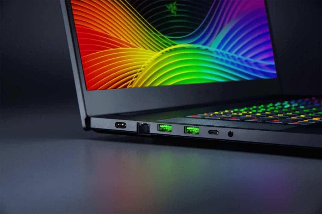 DIGBUSEL - Razer Memperbarui Laptop Gaming Blade PRO 17 Dengan Layar 300HZ