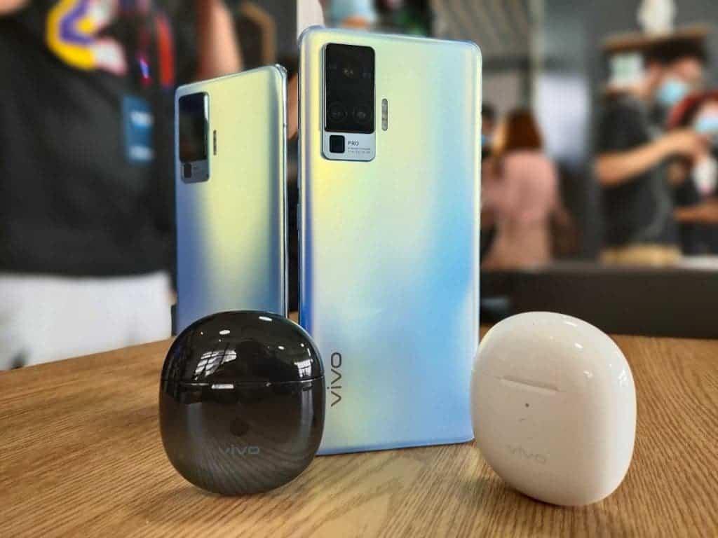 Vivo X50 Pro smartphones for selfies