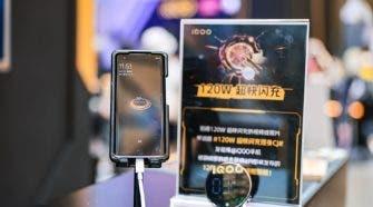 iQOO 120W ultra-fast flash charger