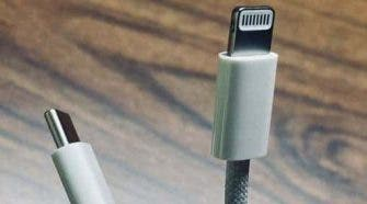 Apple iPhone 12 Charging Cable