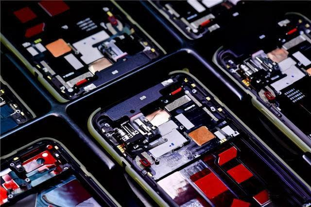smartphone foundries