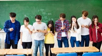 top 10 phones for students