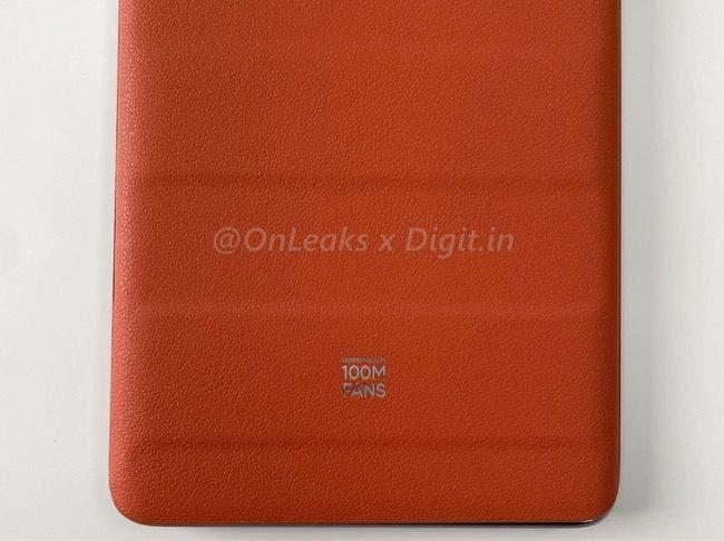 Realme GT Master Explorer Edition Suitcase Orange_2