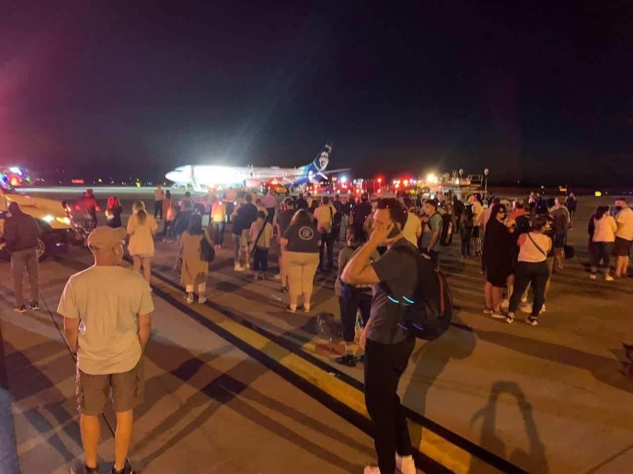 Samsung Smartphone explodes in plane