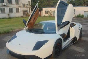 Fake Chinese Lamborghini1 300x204 Fake Chinese Lamborghini Costs Just $33,000!
