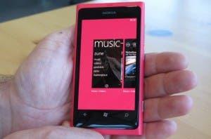 nokia Lumia 800,nokia Lumia 800 details,nokia Lumia 800 vs iphone,nokia Lumia 800 price,nokia Lumia 800 hands on,nokia Lumia 800 china