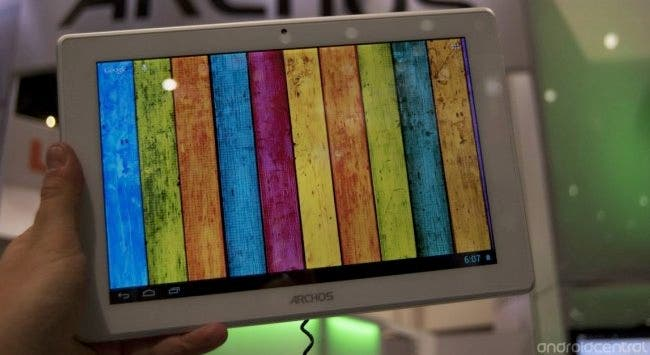 Archos 101 Titanium 10.1-inch tablet: Video