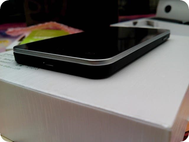black jiayu g4 review JiaYu G4 hands on: pre production units shipped out to beta testers