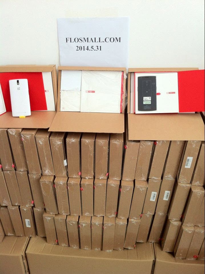 flosmall oneplus one stock