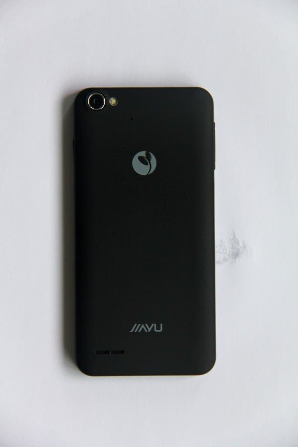 jiayu g4 production phone 1 First photos of production JiaYu G4 posted, screen and body looks great!