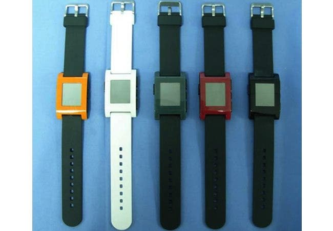 Kickstarter Pebble Watch finally gets FCC approval