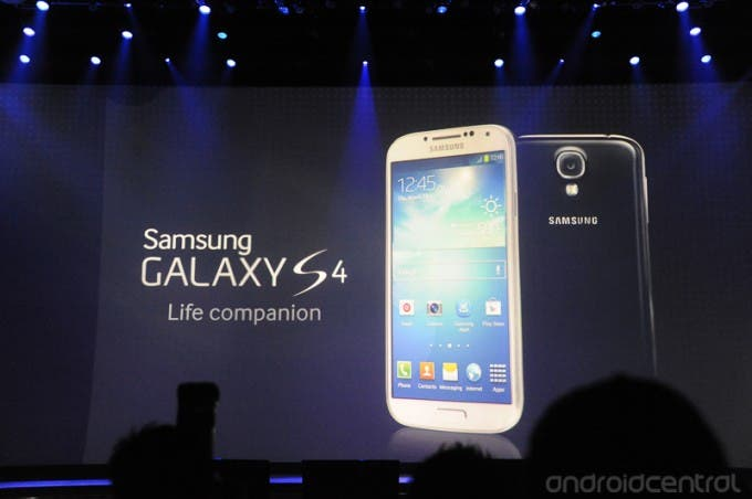 Samsung Galaxy S4 is official! Looks exactly like the S3!