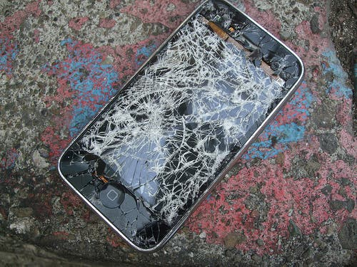 smashed up iphone
