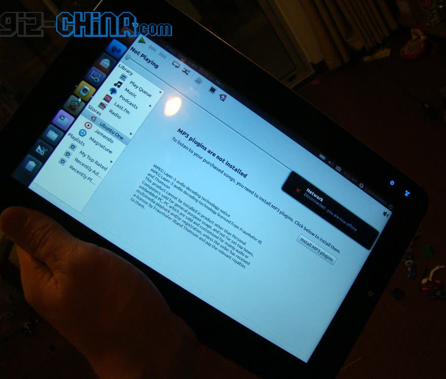 ubuntu linux tablet spy picture Exclusive: Leaked Images Reveal Ubuntu Powered Tablet